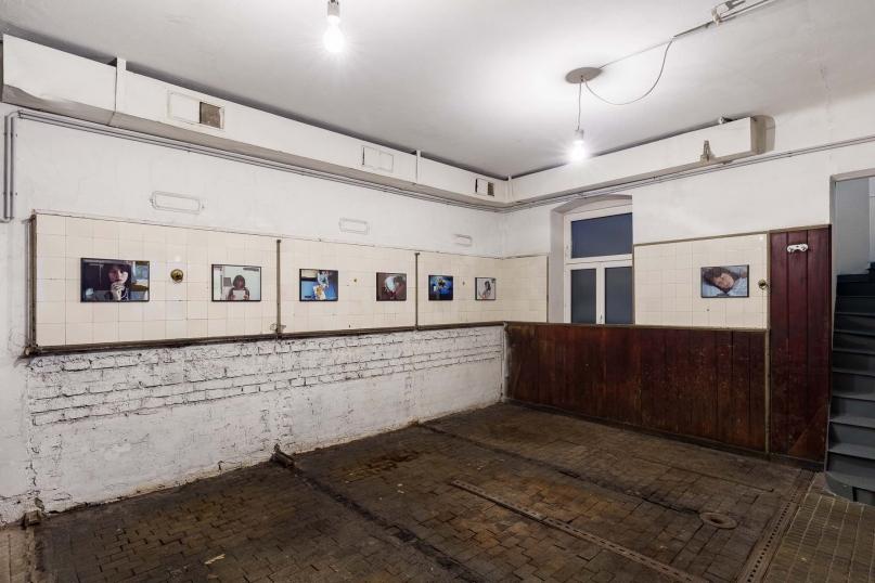 http://www.ermes-ermes.com/files/gimgs/th-121_5_Nicole Gravier_Photoromans, Mythes & Clichés_Exhibition view__web.jpg