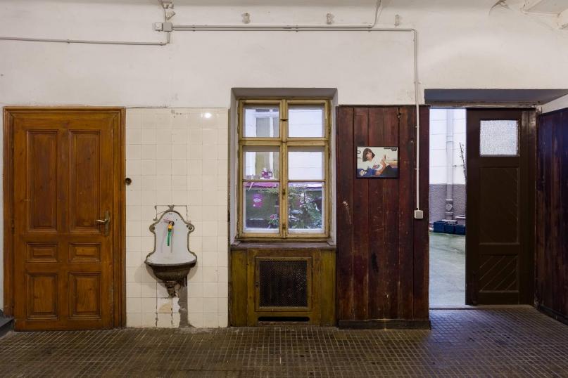 http://www.ermes-ermes.com/files/gimgs/th-121_14_Nicole Gravier_Photoromans, Mythes & Clichés_Exhibition view__web.jpg